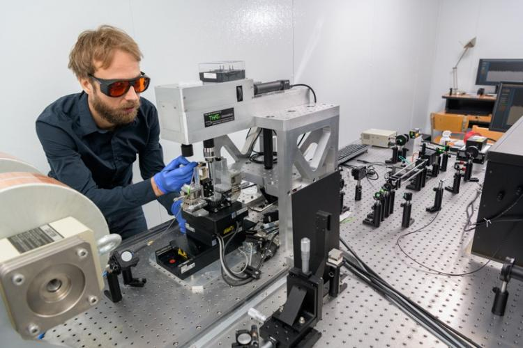 Benjamin Jungfleisch, assistant professor of physics at the University of Delaware, uses laser light to probe dynamics in magnetic nanostructures